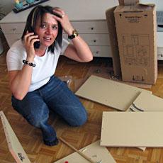 Ikea Möbelbausatz montieren
